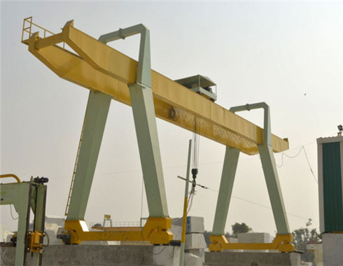 100 ton gantyr crane in A type for sale.