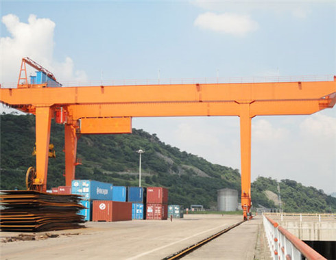Reliable 25 ton gantry crane for sale.