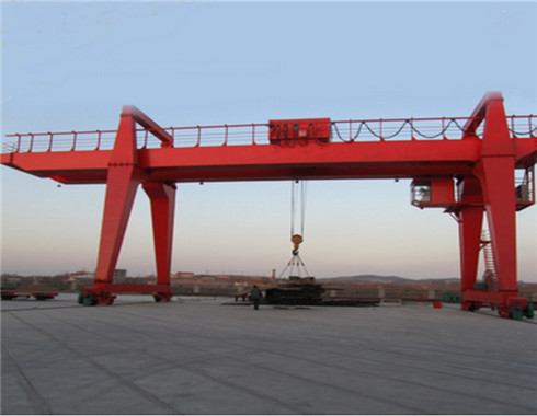 double girder 30 ton gantry crane for sale with high quality.