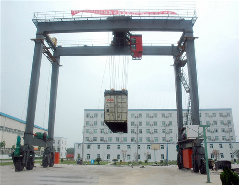rubber tyred double girder gantry crane for sale.