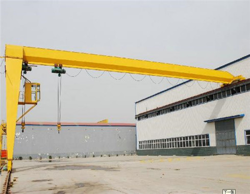 light duty semi gantry crane for sale.