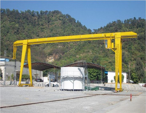 10 ton gantry crane for sale with the best price.