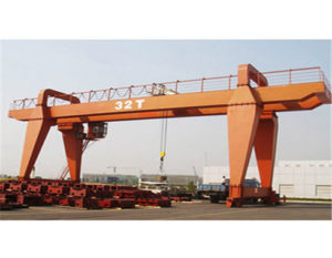 Portable heavy duty gantry crane for sale.