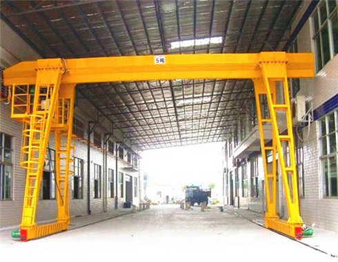 single girder gantry crane for sale with high quality.