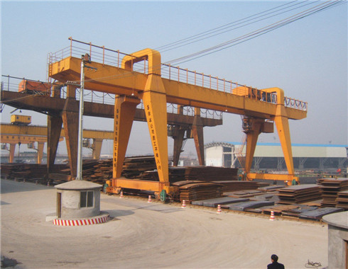 high quality travelling gantry crane for sale